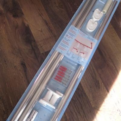 Schöne Chrom Dusch-Vorhangs-Stange Duschvorhang - thumb