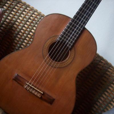 Gitarre klassisch - thumb
