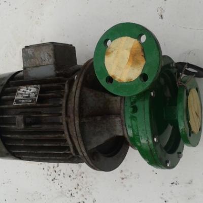 Pumpe mit Elektromotor - thumb