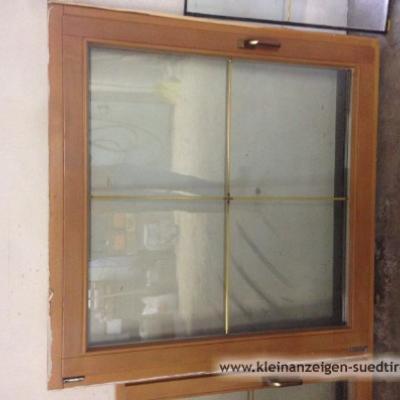 Neuwertige Fenster mit Stock - thumb