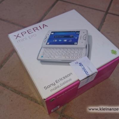 Handy XPERIA Mini PRO weiss gebraucht - thumb