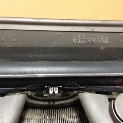 Alte Schreibmaschine - thumb