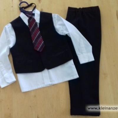 Anzug für kleinen Jungen - thumb