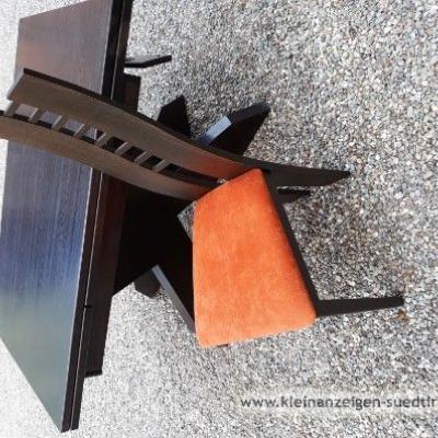 Tisch mit 6 Stühlen - thumb
