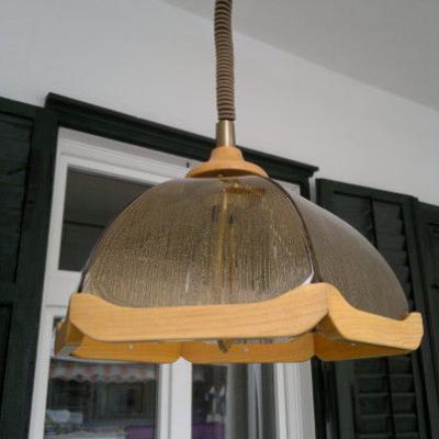 LAMPENSCHIRM aus Glas u. Holz - thumb
