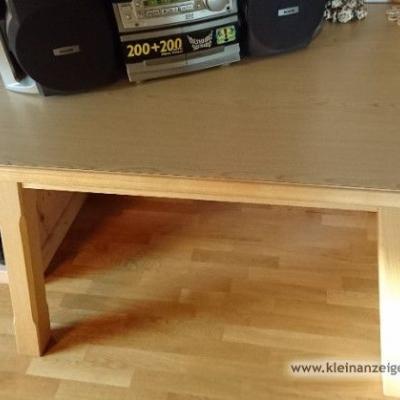Massiver Holztisch mit 2 Stühlen - thumb
