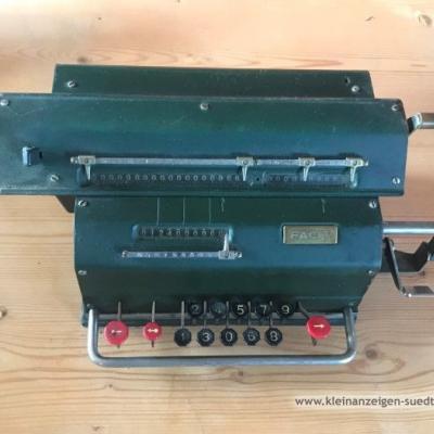 Alte Rechenmaschine - thumb