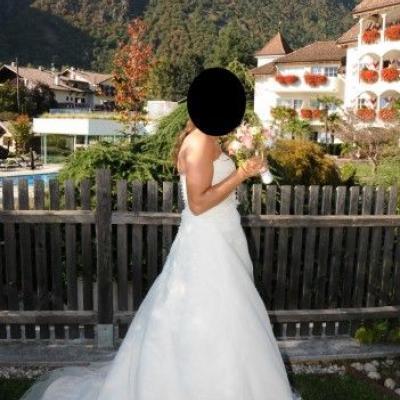 Hochzeitskleid Gr. 38 €690,00 - thumb