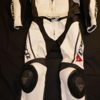 Verkaufe Motorradbekleidung für Männer - thumb