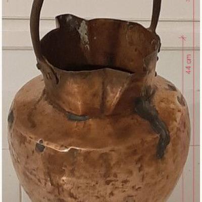 Vase aus Kupfer, Antiquitätenstück, restauriert - thumb