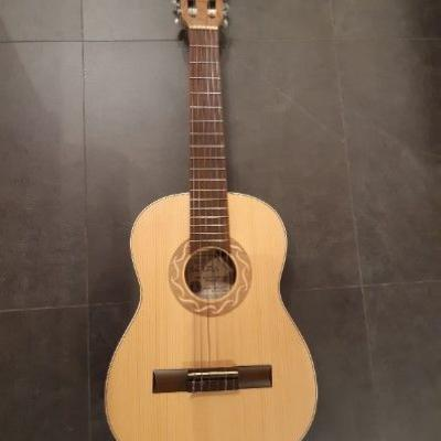 Gitarre zu verkaufen - thumb