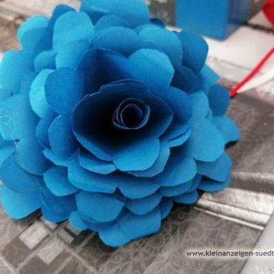 Verkaufe selbstgemachte Rosen - thumb