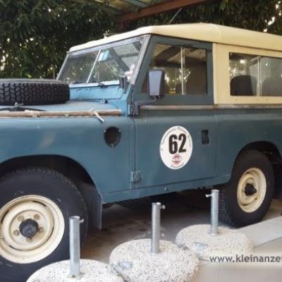 Oldtimer Land Rover Serie 3 - thumb