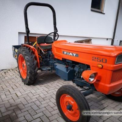 Traktor Fiat FN 250 - thumb