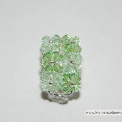 Grüner Swarovski Ring - thumb