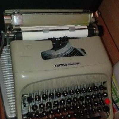 Studio Olivetti 44 - thumb