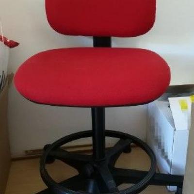 Stuhl günstig abzugeben - thumb