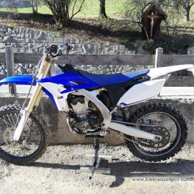 Yamaha yzf 250 - thumb