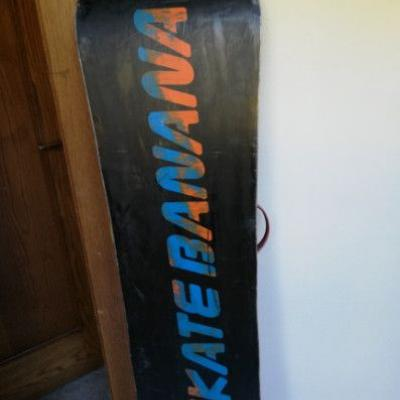 Snowboard Skatebanana und Ski - thumb