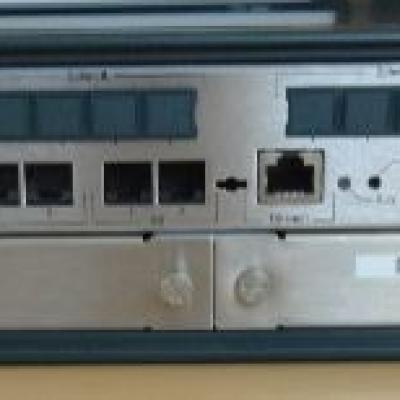 Telefonzentrale Siemens Hipath 3300 V9.0 Rack - thumb