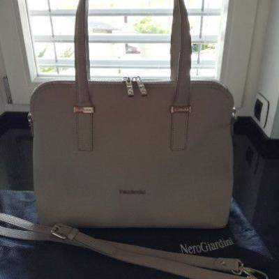 Nero Giardini Handtasche zu verkaufen - thumb