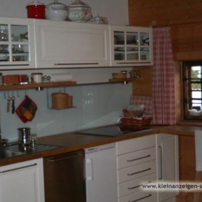 Küchenmöbel mit Ceran-Kochfeld - thumb