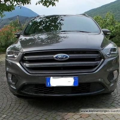 Ford Kuga ST Line 150PS - thumb