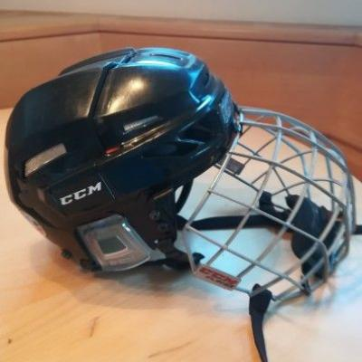 Eishockeyhelm - thumb