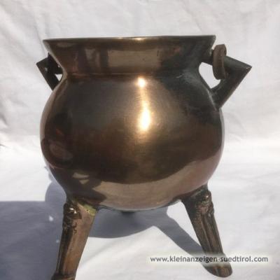 Preisgesenkt - Bronzekessel - massiver Dreifuß - thumb