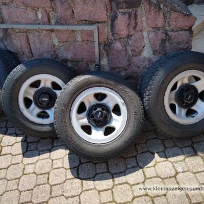 4 Winterraeder komplett fuer Jeep 15 Zoll 99 € - thumb