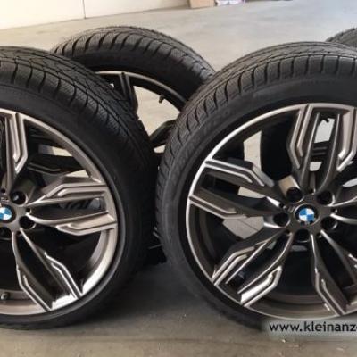 Original BMW M-Felgen mit Winterreifen NEUWERTIG - thumb