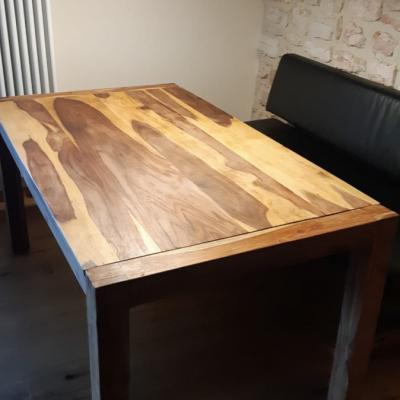 Tisch aus Sheeshamholz Maße 160 x 90 cm - thumb