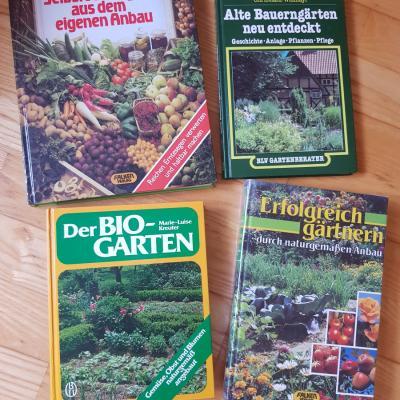 4 verschiedene Gartenbücher - thumb