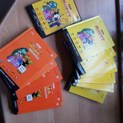 5 Sprachen lernen mit diesesn DVD und Bücher - thumb