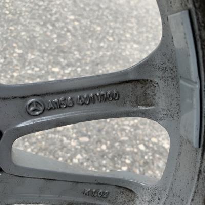 Mercedes GLA Originalfelgen mit Winterreifen - thumb