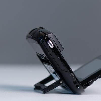 Canon Legria mini in Schwarz - thumb