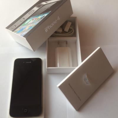 Apple iPhone 4 16 GB schwarz OVP FREI FÜR ALLE NETZE - thumb