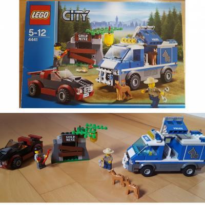Lego Polizeihundetransporter - thumb