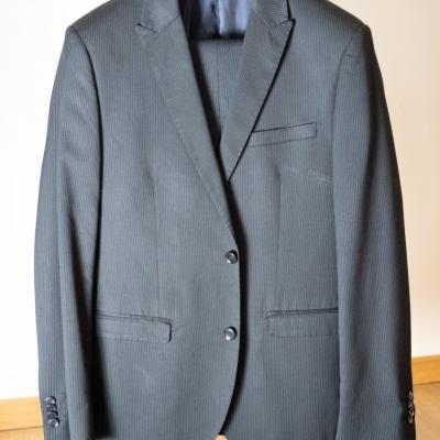 Anzug (fast wie neu) - thumb