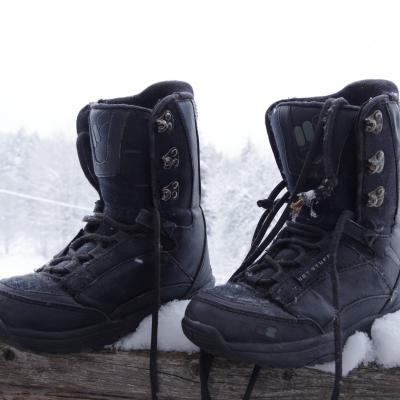Snowboardschuhe Gr. 36.5 und Gr. 35 - thumb