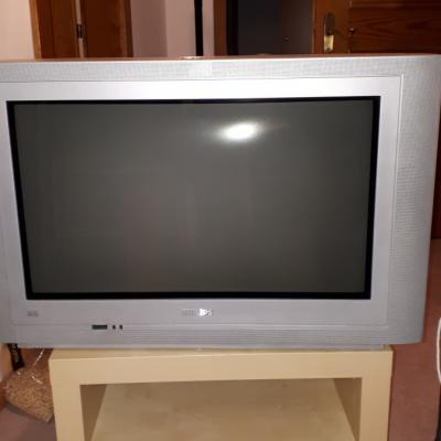Fernsehgerät zu verschenken - thumb