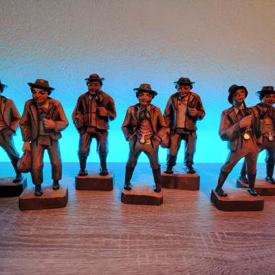 Bauernfiguren aus Holz - thumb