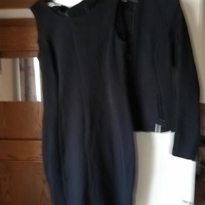 schönes Kleid mit  dazugehöriger Jacke klein geschniten Gr.40 /42 - thumb