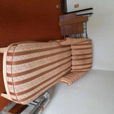 Chaiselongue - langer Stuhl - thumb
