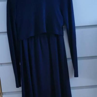 Kleid für die Schwangerschaft und Stillzeit in Größe S zu verkaufen - thumb