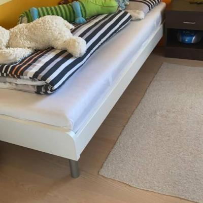 Kinderbett komplett zu verkaufen - thumb