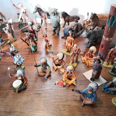 Konvolut von 58 Figuren Elastolin-Wild West-Indianer-7 cm Serie=1:24 - thumb