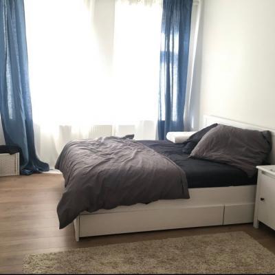 Ikea Bett + Matratze + Schubladen - thumb
