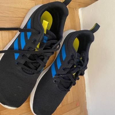 Adidas Schuhe - thumb