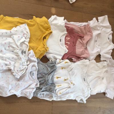 Verkaufe Baby-Kleidung Größe 74 für Mädchen - thumb